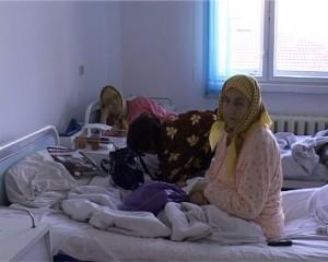 bolnavi-in-spital-2-300x2401